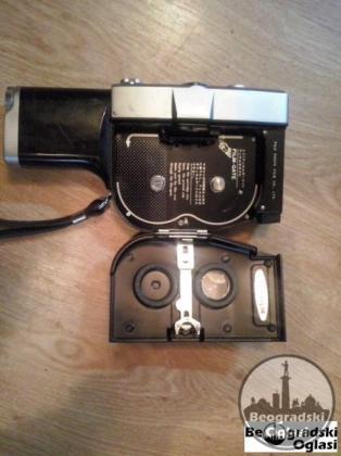 Stara filmska kamera iz 1959