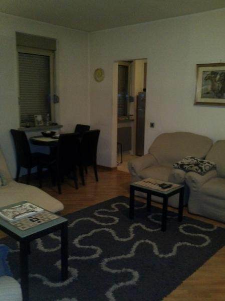 banovo brdo visoka 2 po 50m2 spojiva 2 stana prodaja. Black Bedroom Furniture Sets. Home Design Ideas
