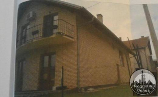 Na prodaju prelepa kuća u Vrnjačkoj Banji. Zamena je moguća uz dogovor.