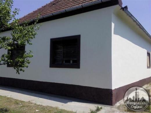 Kuca na prodaju povrsive 180m2 CENA: 10.000 EUR