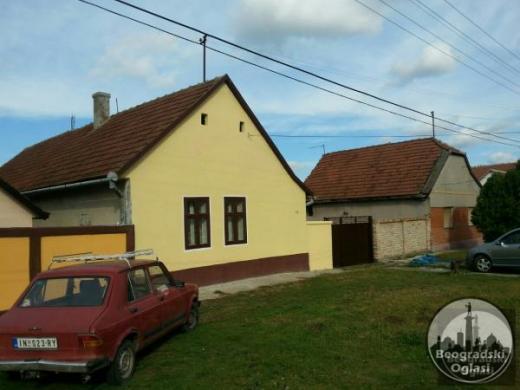 Prodajem kucu u Beski