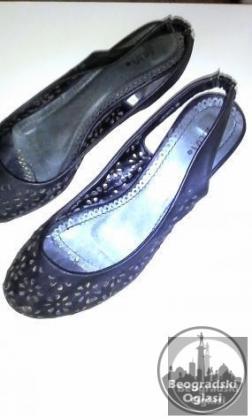 Zumbane sandale