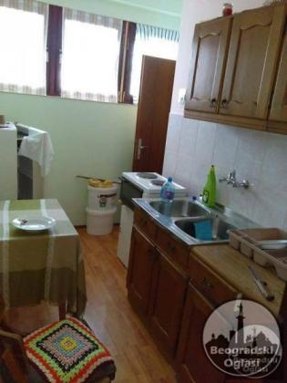 Prodajem stan u centru banje Vrdnik