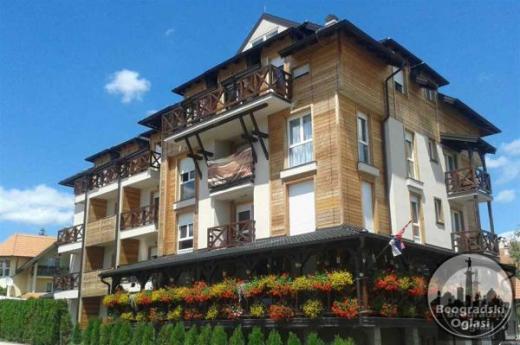 NOV Apartman Lara u centru Zlatibora