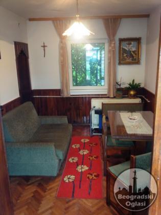 Prodajem povoljno kucu u Medosevcu