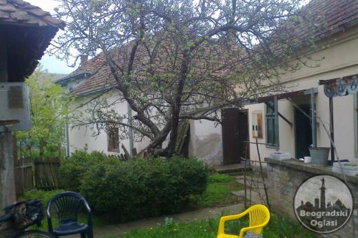 Prodajem kucu i lokal 6.500 EUR