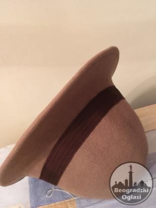 Ženski šešir od čoje