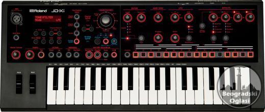 Roland JD-Xi sintisajzer + torba  550 eur