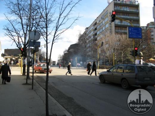 HITNO ! !   SMEDEREVO -  CENTAR , 90M2,  troiposoban stan, cg, lift,