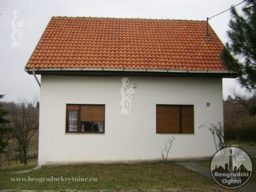 Na prodaju kuca u Beogradu povrsine 120m2 CENA: 22.000EUR