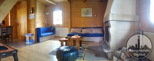 Lux drvena kuca za odmor na Divcibarama