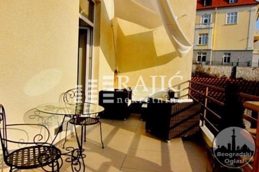 Prelep,najstroziji centar,80m2,2.5,terasa(20m2) ID#1093
