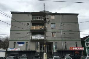 Izdavanje stana u Centru Jakova