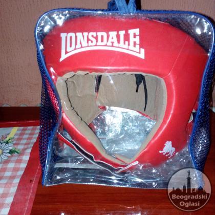 Kaciga za boks Lonsdale