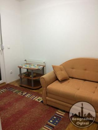 Prodajem 2.0 stan,53m2,Borča,Branka Radicevica