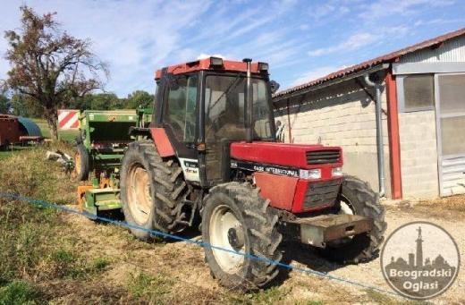 poljoprivredni traktor