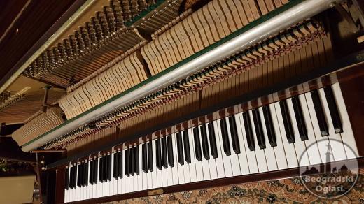Pianino Ronisch