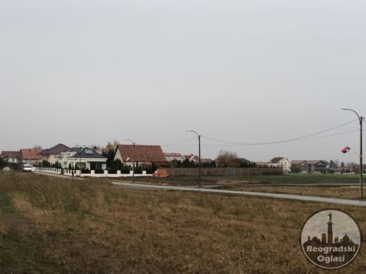 Novi Beograd,Ledine,plac 6,5 ara , uknjižen 1/1