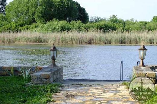 Sretenje u Vikendici DUNJA Kenđija na Bajskom Kanalu