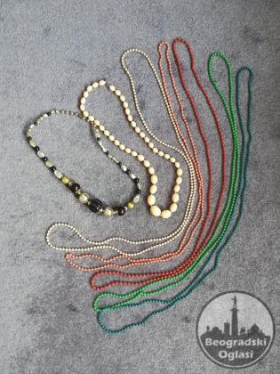 Retro ogrlice