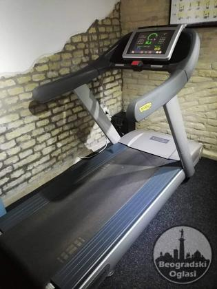 Traka za trčanje Technogym Excite 700 vrlo povoljno!