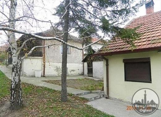 Kuca Beli Potok ispod same Avale,Centar Povoljno
