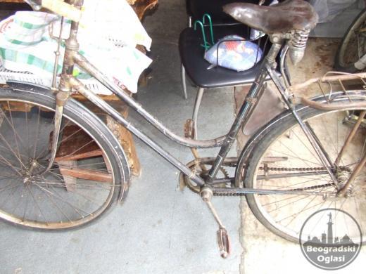 star bicikl u voznom stanju