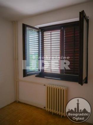 Očuvan stan u odličnoj zgradi ID#94319