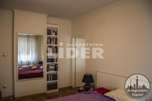 Nov lux stan u blizini Vukovog spomenika ID#94176