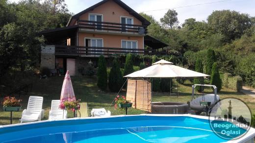 Kuća sa bazenom za proslave i odmor