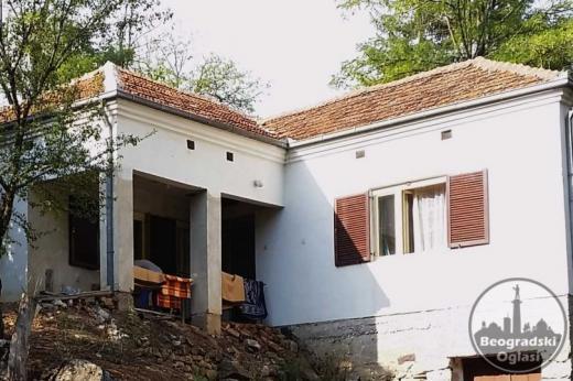 Kuca Ciniglavci-Pirot