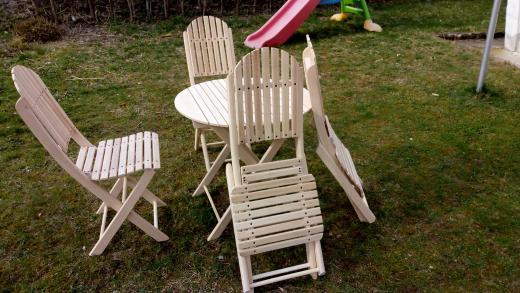 Garnitura sto+4 stolice AKCIJA