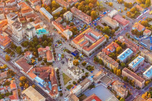 HITNO! ! SMEDEREVO - Centar, 90m2, troiposoban, lift cg, sa prelepim pogledom ( na Tvrđavu, fontanu ispod prozora, Dunav, Jezavu, Ušće, Požarevac, Kos