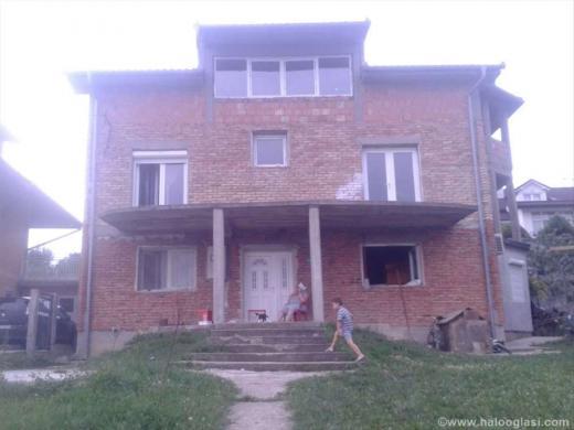 prodaja porodicne kuce