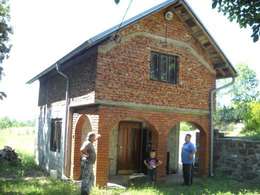 Vikendica na Bratujevcu kod Zajecara