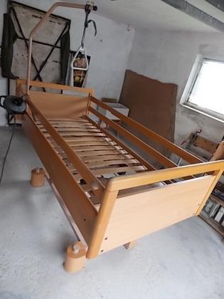 Bolnicki krevet na struju sa daljinskim
