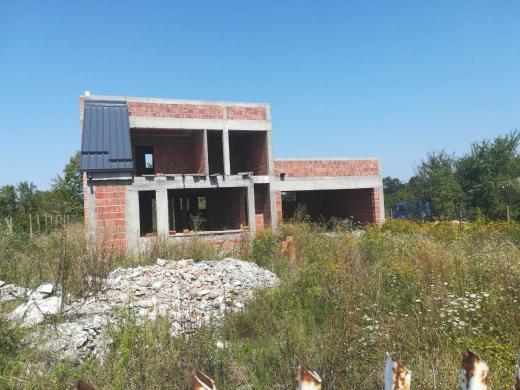 Kuća nedovršena Vrnjačka Banja
