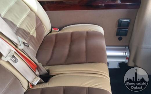 Iznajmljivanje minibusa VIP MERCEDES SPRINTER 519 (20+1)
