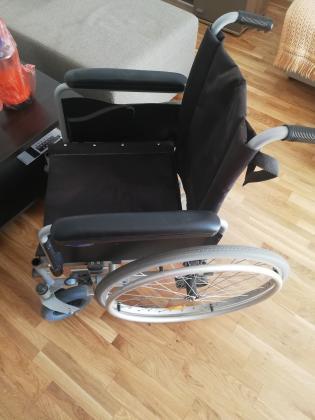 Na prodaju invalidska kolica