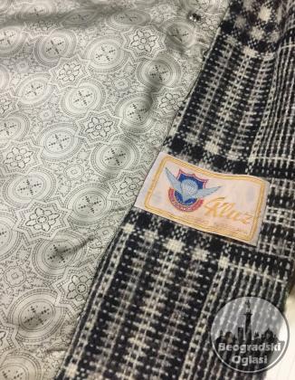 Ženski karirani vuneni sako, na preklop, očuvan, 44 (Kluz)