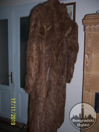 Женска бунда од крзна