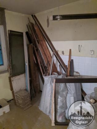 Ciscenje dvorista garaza tavana podruma