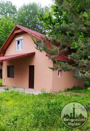 Srebrno jezero, prodajem kucu