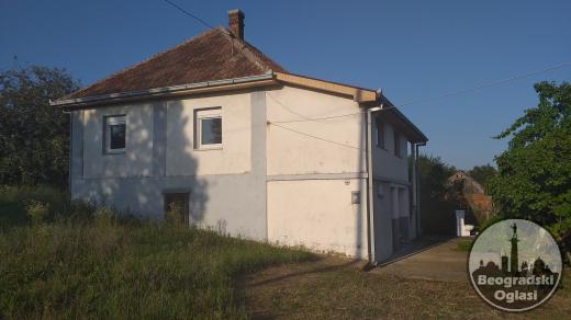 Na prodaju kuca u Nemenikućama/Sopot ne daleko od Kosmaja. 50.000 €
