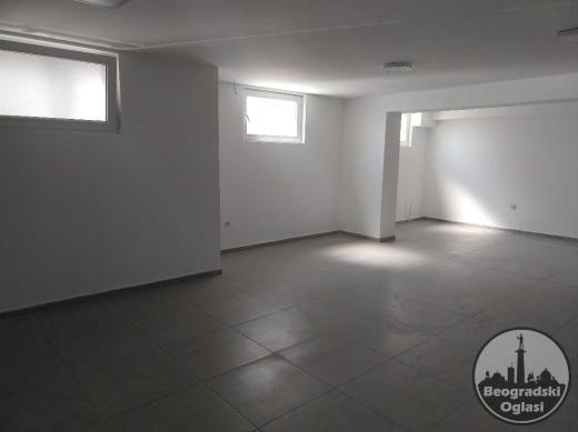 LOKAL 120 m2 Mokroluška 24 u Kaluđerici