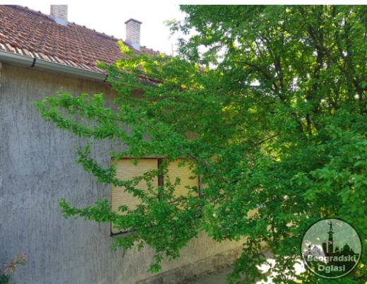 Na prodaju kuca povrsine 136m2 na placu od 25 ari CENA: 14.000EUR
