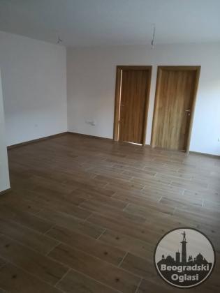 Na prodaju stan u Staroj Pazovi
