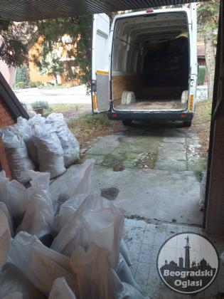 Odvoz suta u dzakovima na deponiju nosenje