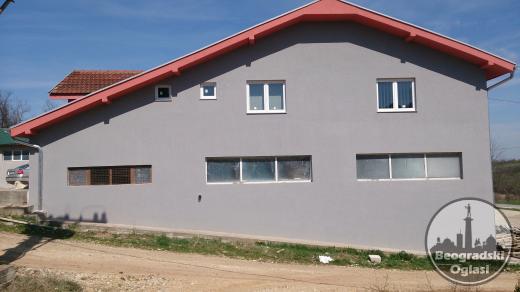 Prodajem poslovni prostor u industrijskoj zoni Arandjelovca