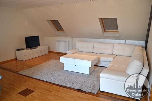 Izdavanje/Centar - Dorćol, petosoban penthaus sa velikom terasom i garažom